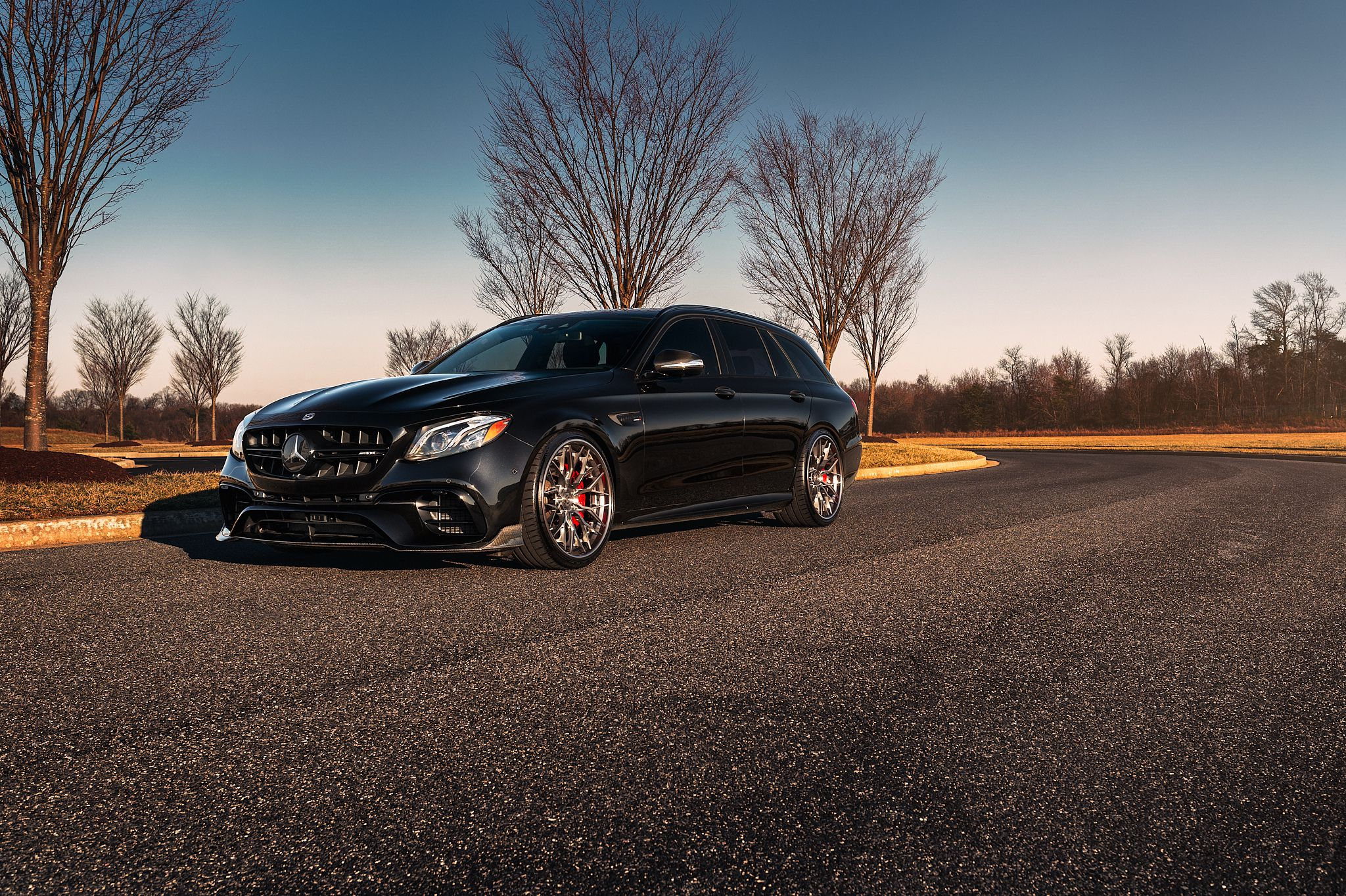 Mercedes E63s AMG Avant on silver wheels