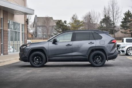 side view 2019 Toyota RAV4